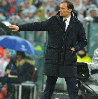 Allegri da indicaciones en juego de la Juventus