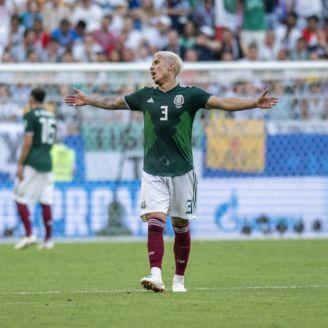 Salceda reclama durante partido vs Brasil