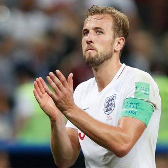 Harry Kane aplaude tras un partido en Rusia 2018
