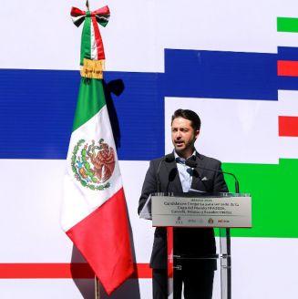 De Luisa, durante la conferencia de la candidatura conjunta entre Canadá, EU y México