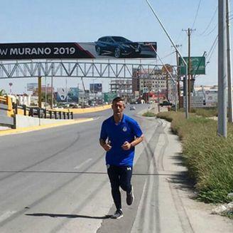 Caixinha corre en las calles de Torreón