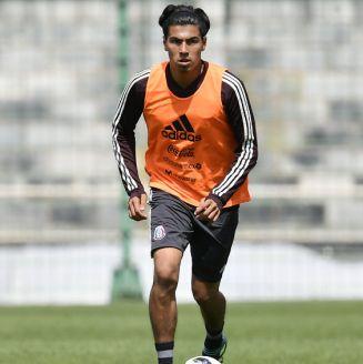 Erick Gutiérrez, durante un entrenamiento con el Tricolor