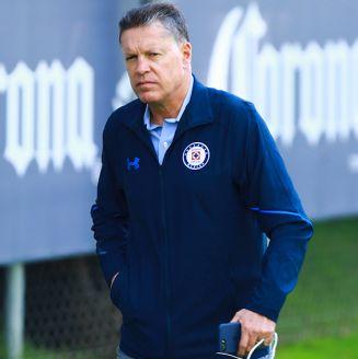 Ricardo Peláez, en un entrenamiento de Cruz Azul