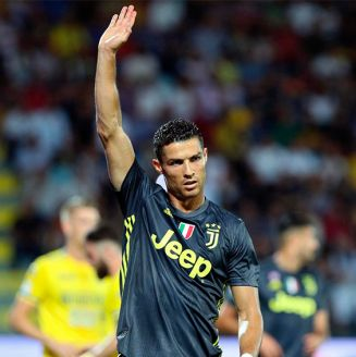 Cristiano Ronaldo celebra su gol ante el Frosinone