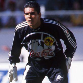 Oswaldo Sánchez, durante su paso por América