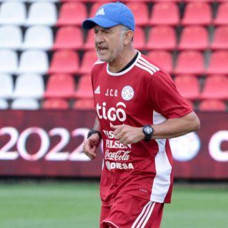 Juan Carlos Osorio, en una práctica de la Albirroja