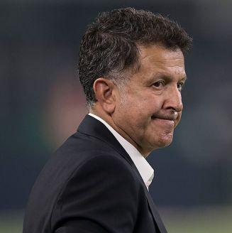 Juan Carlos Osorio durante un partido con el Tri