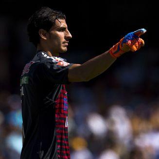 Nahuel da indicaciones en juego contra Pumas