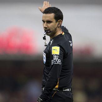 César Ramos dirige juego entre América y Toluca