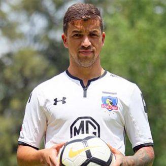Gabriel Costa después de su presentación con Colo Colo