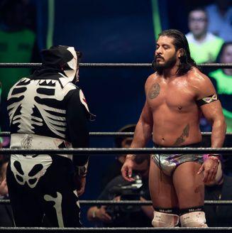 El Hijo del Fantasma se despoja de su máscara