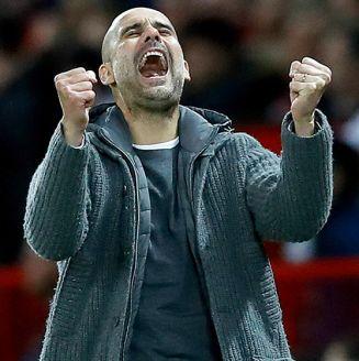 Guardiola celebra gol del Manchester City contra el United
