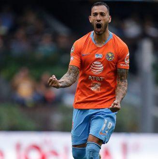 Emanuel Aguilera celebra su gol contra Santos
