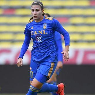 Nayeli Rangel, durante un juego contra Monarcas