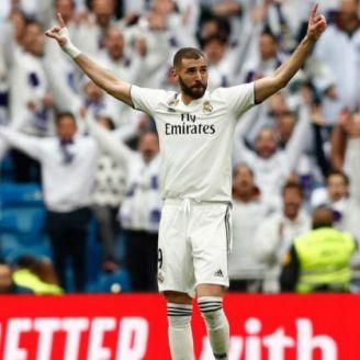 Benzema festeja gol del Real Madrid