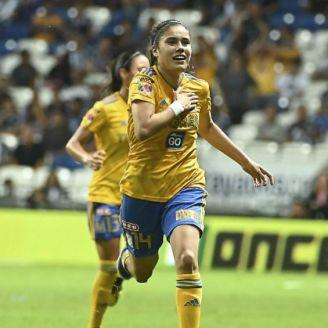 Lizbeth Ovalle celebra gol contra Rayadas