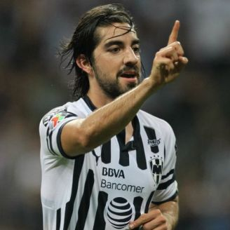 Pizarro festeja gol con Rayados