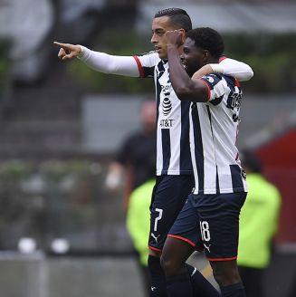 Rogelio Funes Mori celebra gol contra América