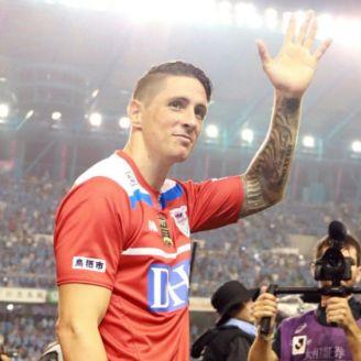 Fernando Torres se despide en su último juego como profesional