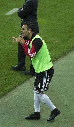 Rafa Márquez durante el partido de Atlas contra Chivas