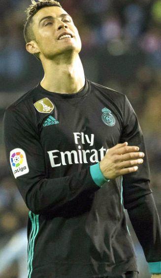 Cristiano Ronaldo se lamente en partido contra el Celta