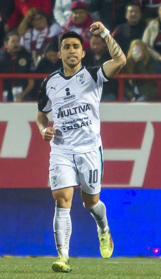 Edson Puch celebra doblete contra Tijuana