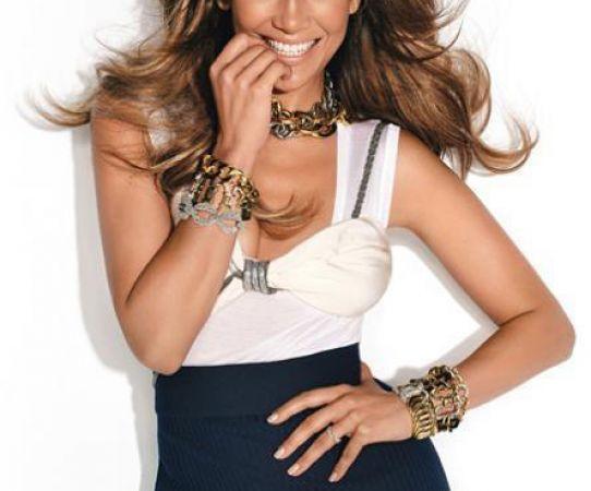 La exuberante y curveada figura de Jennifer Lopez es un manjar que deleita. FOTO: FACEBOOK