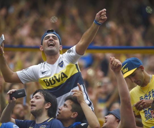 Afición de Boca anima a su equipo previo al encuentro vs River