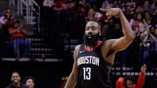 James Harden en el partido contra  Lakers