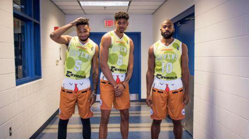 Jugadores de Sevens luce uniformes de Bob Esponja