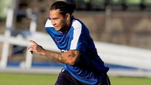 Gullit Peña, durante un entrenamiento con Rangers