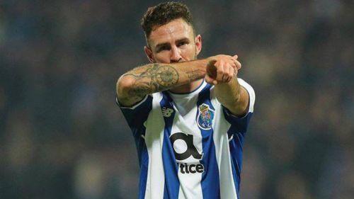 Miguel Layún celebra su gol contra el Moreirense