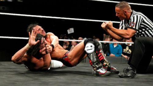 Andrade sufre de una llave de Gargano en TakeOver