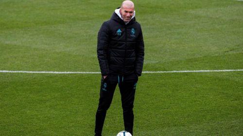 Zinedine Zidane, durante un entrenamiento con Real Madrid