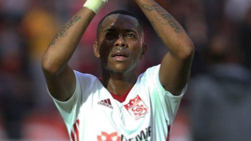 Robinho celebra con el Sivasspor