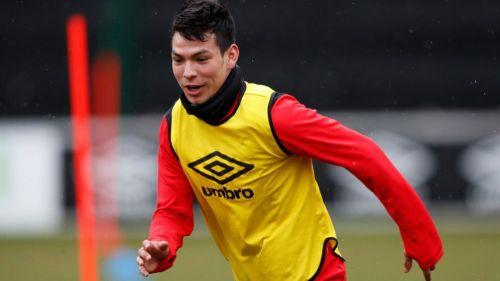 Lozano regresó a los entrenamientos con el PSV