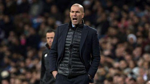 Zidane, durante el juego del Real Madrid frente al Girona