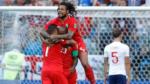 Jugadores de Panamá celebran con Baloy