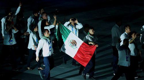 Delegación Mexicana en el desfile de inauguración