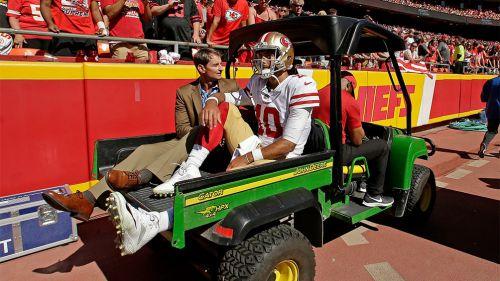Garoppolo sale lesionado de un juego con los 49ers