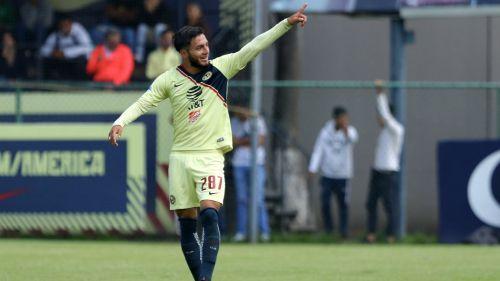 José Hernández en festejo ante Morelia Sub 20