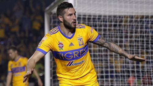 André-Pierre Gignac celebra un gol con Tigres en el A2018
