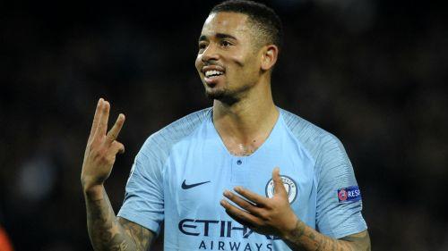 Gabriel Jesús festeja triplete con el Manchester City