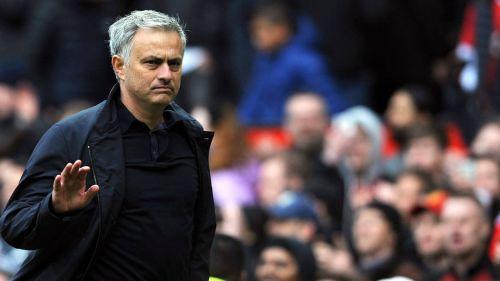 Mourinho desde el banquillo del United
