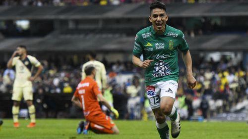 Ángel Mena sonríe tras anotación contra las Águilas