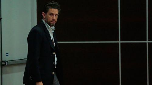 Alejandro Irarragorri antes de una conferencia de prensa