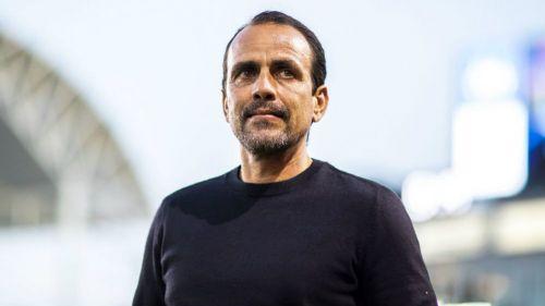 Óscar Pareja, durante un partido de Xolos