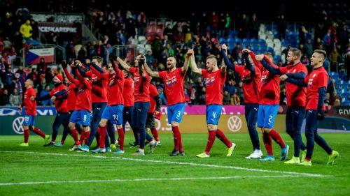 República Checa celebrando el pase