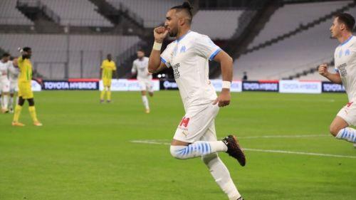 Payet festejando su gol