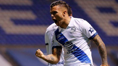Tabó festeja un gol con La Franja